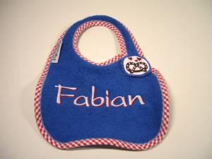 """Lätzchen """"Fabian"""" mit Brezel-Verschluss"""
