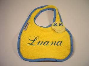 """Lätzchen """"Luana"""" mit Vollmond-Verschluss"""