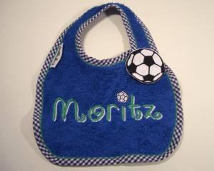 """Lätzchen """"Moritz"""" mit Fußball-Verschluss"""