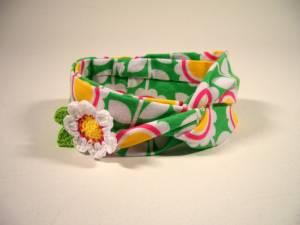 Stirnband mit Blumenanstecker